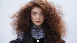 Ella Marija Lani Yelich-O'Connor ( Lorde ) ...