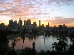 Los Angeles Skyline Wallpaper 4 – 1024 x 768 pixels – 579 kB