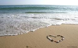 Love Beach Wallpapers Hd Free 1920x1200px