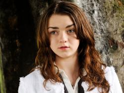 Game of Thrones actress Maisie Williams on suffering from, and getting sucked in, to cyberbullying: 'I was horrible too' - People - News - The Independent