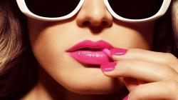 Pink Make Up HD Wallpaper