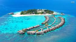 Island resort in Maldives wallpaper 1920x1080