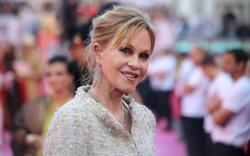 File:Life Ball 2013 - magenta carpet Melanie Griffith 03.jpg