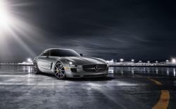 Mercedes-Benz SLS AMG GT Coupe Parking