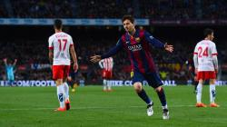Messi curler opens the scoring for Barca