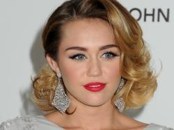 Miley Cyrus Hair Embelishment