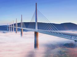 France Millau viaduct Viaduc de Millau fog landsc 1600x1200