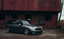 Mini Cooper Tuning Parking Car