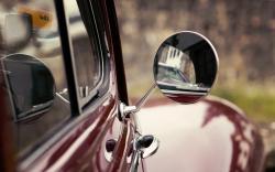 Mirror Classic Car