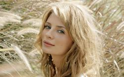 Mischa Barton, best known for her role as the feisty yet troubled Marissa on The OC has been out of the spotlight for a few years, and its clear this has ...