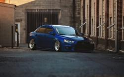 Mitsubishi Lancer Evolution X Blue Tuning Car Parking
