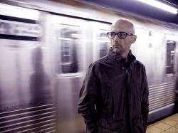 Moby 1024x768px ::::Moby action portrait photo in the london underground subway metro station Wallpaper