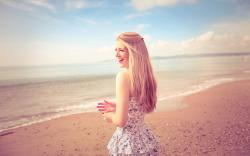 Mood Laugh Smile Beach Blonde Girl Sand Photo HD Wallpaper