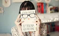 Mood Girl Brunette Book Glasses