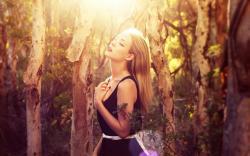 Girl Light Mood