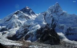 Download Mount Everest wallpaper