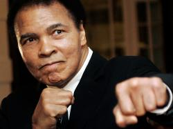 Muhammed Ali Hospitalized with Pneumonia