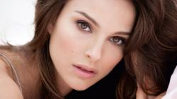 Here's The Fascinating Reason Natalie Portman Won't Display Her Oscar   EpicTimes