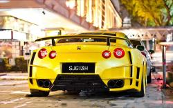 Nissan gtr widebody