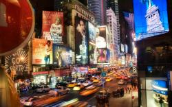 The section of Fifth Avenue that crosses Midtown Manhattan, especially that between 49th Street and 60th Street, is lined with prestigious shops and is ...