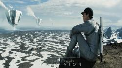 Tom Cruise plays a handsome future mechanic, servicing repair drones and energy collection plants after Earth has been decimated in a war with ...