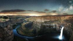 Download Palouse Falls and Colorado river, Washington wallpaper