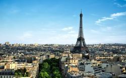 Paris eiffel building