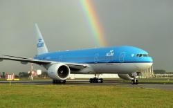 Passenger airplane ...