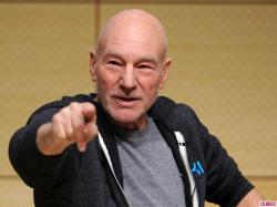 Straight Actor Patrick Stewart Laughs Off Being Outed as Gay by British Newspaper | Celebuzz
