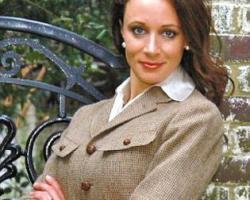 Paula Brodwell uno dei nomi più discussi oggi in America, incontrò per la prima volta David Petraeus mentre scriveva la sua biografia ufficiale.