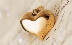 Pendant Heart Letter Love