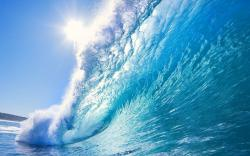 Amazing Ocean Waves Wallpaper