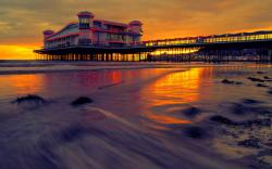 Pier Sunset Hotel HD Wallpaper
