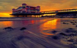 Pier Sunset Hotel HD Wallpaper