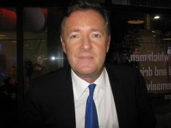 Den engelske journalist Piers Morgan blev verdenskendt som dommer i tv-talentkonkurrencen '