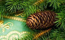 Desktop backgrounds · Backgrounds · Holiday Christmas pine