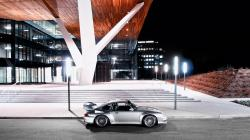 Porsche City Night