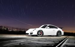Porsche White Night