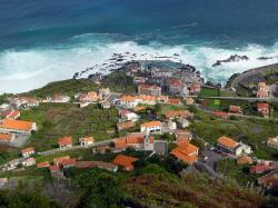 File:Madeira Porto Moniz.jpg