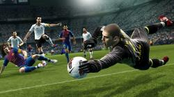 Those fictional players are another big detriment: while PES 13 does have almost double the number of national soccer teams, the club team roster is far ...