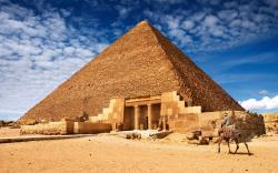 Physicists have a new theory for how Egyptians could've (or should've) built the pyramids | Blastr