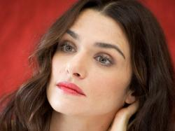 Experts tend to think that Rachel Weisz could indeed be using fillers as well as Botox. When close comparisons of her photos is done, the young look is ...