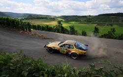 Porsche Rally HD Wallpaper. Download 1920 × 1200, 1 MB