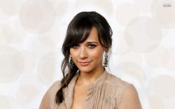 Rashida-Jones-feature photo..04
