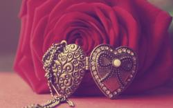 Rose Red Flower Pendant Heart