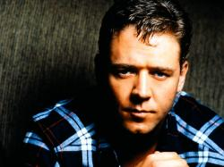 Russell Crowe 30
