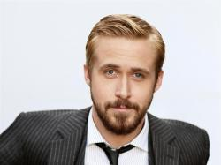 And come on, if Gosling is any superhero he is Oliver Queen.