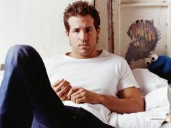 RYAN REYNOLDS GIF HUNT (115) Please like/reblog if you use these gifs