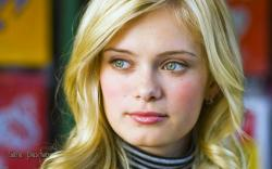 View And Download Sara Paxton HD Wallpapers ...