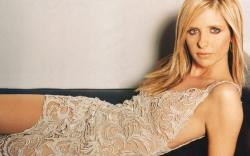 Sarah Michelle Gellar Wallpapers